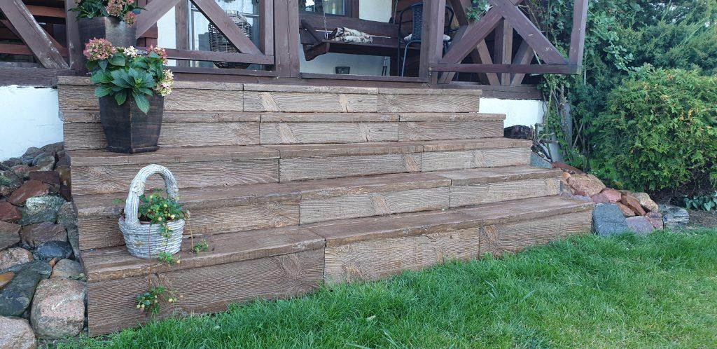 schody drewno betonowe